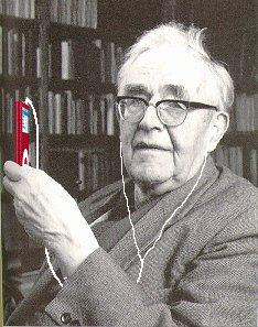 karl-barth-with-iPod